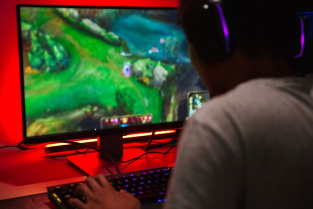 Does Pre-Bed Gaming Ruin Your Sleep?