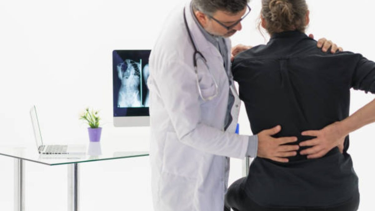 Is Scoliosis Related To Sciatica Pain?