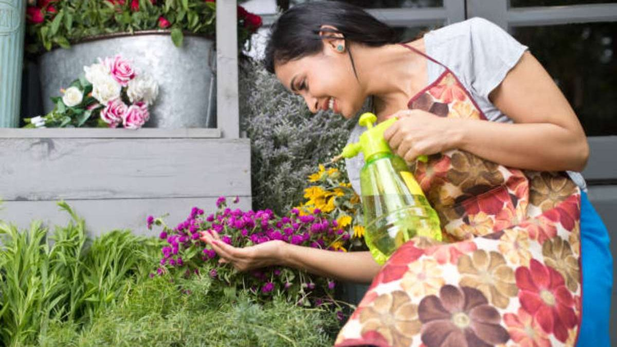5 Stress-Relieving Hobbies That Can Help You Unwind On The Weekends